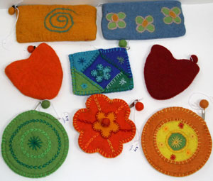felt coinpurses made in nepal, a fair trade felt fashion